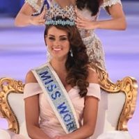 Rolene Strauss from South Africa is Miss World 2014