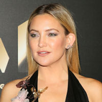 Kate Hudson and New York & Company collaborate for fashion line