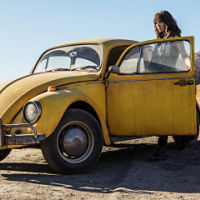 'Bumblebee', the film with Hailee Steinfeld has a trailer